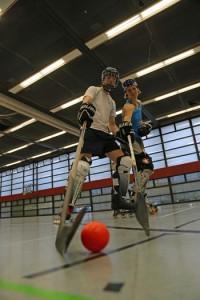 Inlineskaterhockey am Zentrum für Hochschulsport; Foto: Gärtner