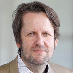 Dr. Dirk Frank